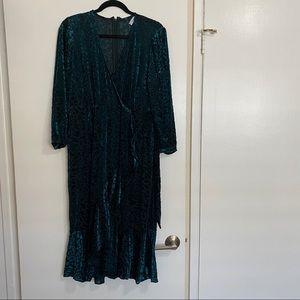 NWOT Calvin Klein Plus Size Velvet Dress